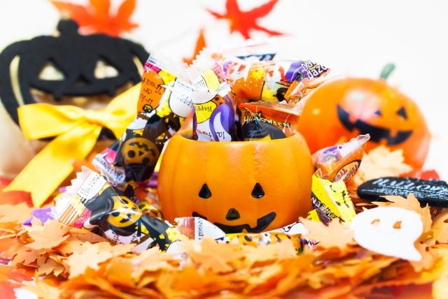 ハロウィン お菓子 配る トラブル 注意点